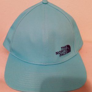 NWOT The North Face turquoise hat